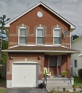 3 bedroom house for rent in Cobourg