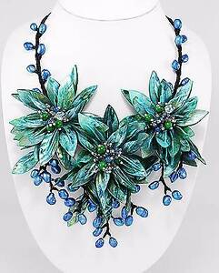 Necklace - Flower Dandenong North Greater Dandenong Preview