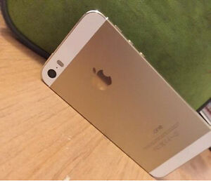 Iphone 5s 16gb gold West Island Greater Montréal image 1