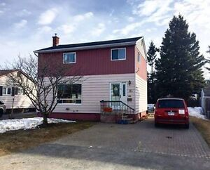 Elliot Lake 2 storey 3 bedroom family home priced to sell!!