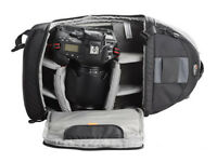 LOWEPRO SLINGSHOT 200AW IN BLACK AND IN GOOD CONDITION