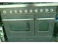 Britannia dual fuel range cooker- gas hob and electric oven