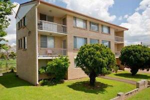 Avalable NOW 2 Bed Clayfield unit for rent -Quiet-AC-CBD-Airport Clayfield Brisbane North East Preview
