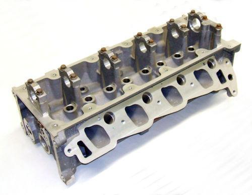 ford 2 3 cylinder head ebay. Black Bedroom Furniture Sets. Home Design Ideas
