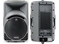 PAIR MACKIE SM450 POWERED SPEAKERS WITH MACKIE HEAVY DUTY COVERS.