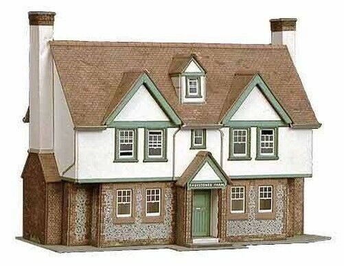 "Superquick 1/72 ""Greystones"" Farmhouse # B24"