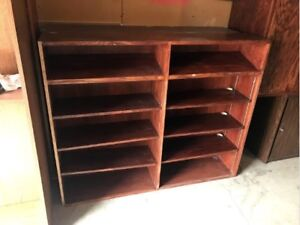 Wooden Display Case, Excellent Condition, Cheap Price!