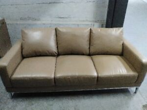 Beautiful COUCH --Free delivery