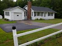 Available Now,Nice Country Home in Stratford Area