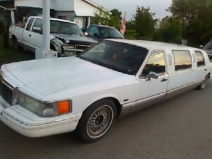 1992 Lincoln Towncar Stretch Limousine