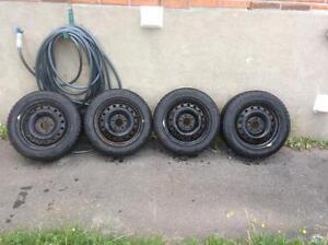 Set RIM-5X114.3  KIA+ pneus d'HIVER 205/55/16!!!