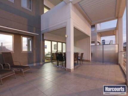 Fully furnished luxury & spacious living on popular high street