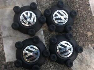 Cap de roues-Center cap Volkswagen très propres !!!!