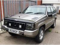 Jeep Grand Cherokee 4.0 Pertrol Automatic 4x4 5 Door Orvis Gold