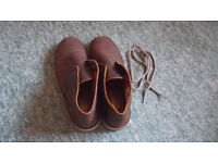 NEW man's desert shoes size 7
