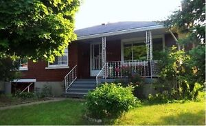 5-6 Bdrm+2 Kitchens+2 Baths House Ideal for Students, May 1st