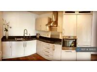 1 bedroom flat in Abbey Road, Barking, IG11 (1 bed)