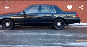 Ford crown Victoria police pack p71 2007