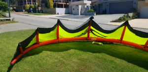 12m kite and bar good condition!