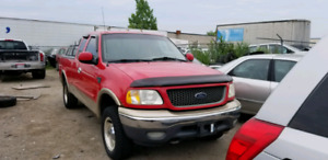 2000 ford f150 xlt for parts