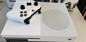Xbox  One S 1TB Blanche A1 Comme neuve
