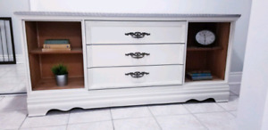 Sideboard/TV console