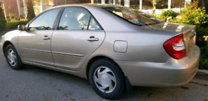Toyota Camry le 229km good engine and transmission.  V6 as is