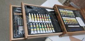 Art set all in wooden case