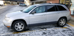 2008 Pacifica Luxury SUV (Leather)