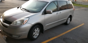 Toyota Sienna Good condition buy new truck no need for sale !!