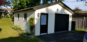 Large Garage For Rent In Oshawa