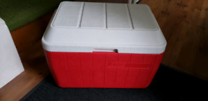 Coleman Cooler 40, red, hinged lid, ex.cond.