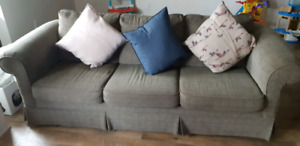 3 seater Couch extendable to bed