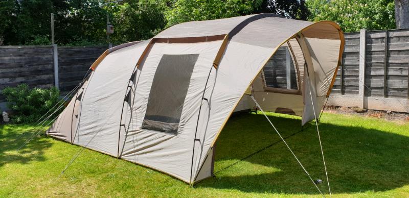 Quechua T6.2 tent camping festival 3 / 6 man   in Didsbury ...