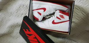 Jordan 1 Size 10.5US