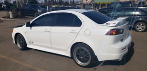 2014 Mitsubishi Lancer Ralliart Premium low kms