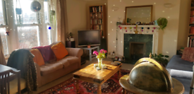 Large double bedroom available in cosy Redland flat