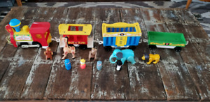 Vintage Fisher price circus train figures complete