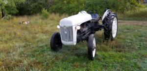 1946 Ford 2N