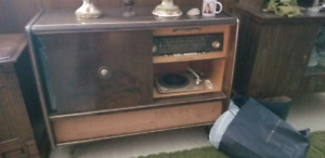 Vintage  record player /stereo