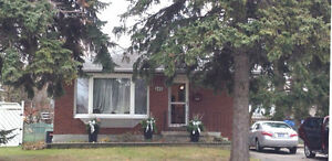 Solid Bungalow, 3 bedrooms 1 bath,  main floor - Whitby