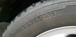 Selling 4 Firestone tires