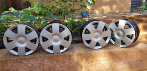 Mitsubishi wheel rims and hub caps