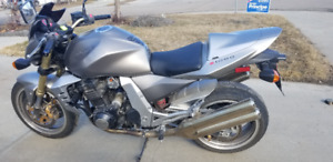 Kawasaki Z1000 New Used Motorcycles For Sale In Edmonton From
