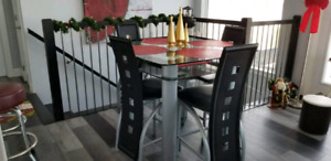 Counter height brand new kitchen table set.