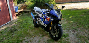 2003 gsxr 1000 (open to trades)