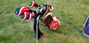 Mens left handed dunlop golf clubs and cart