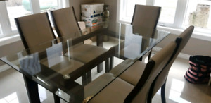 Dinning set glass table top wood legs & 6 leather chairs