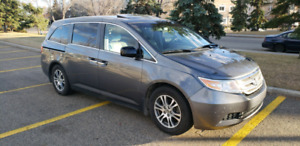 2013 Honda Odyssey EX-L, DVD, Heated Seats, Leather, Backup Cam