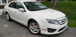 2011 Ford Fusion SE Sedan in Excellent condition